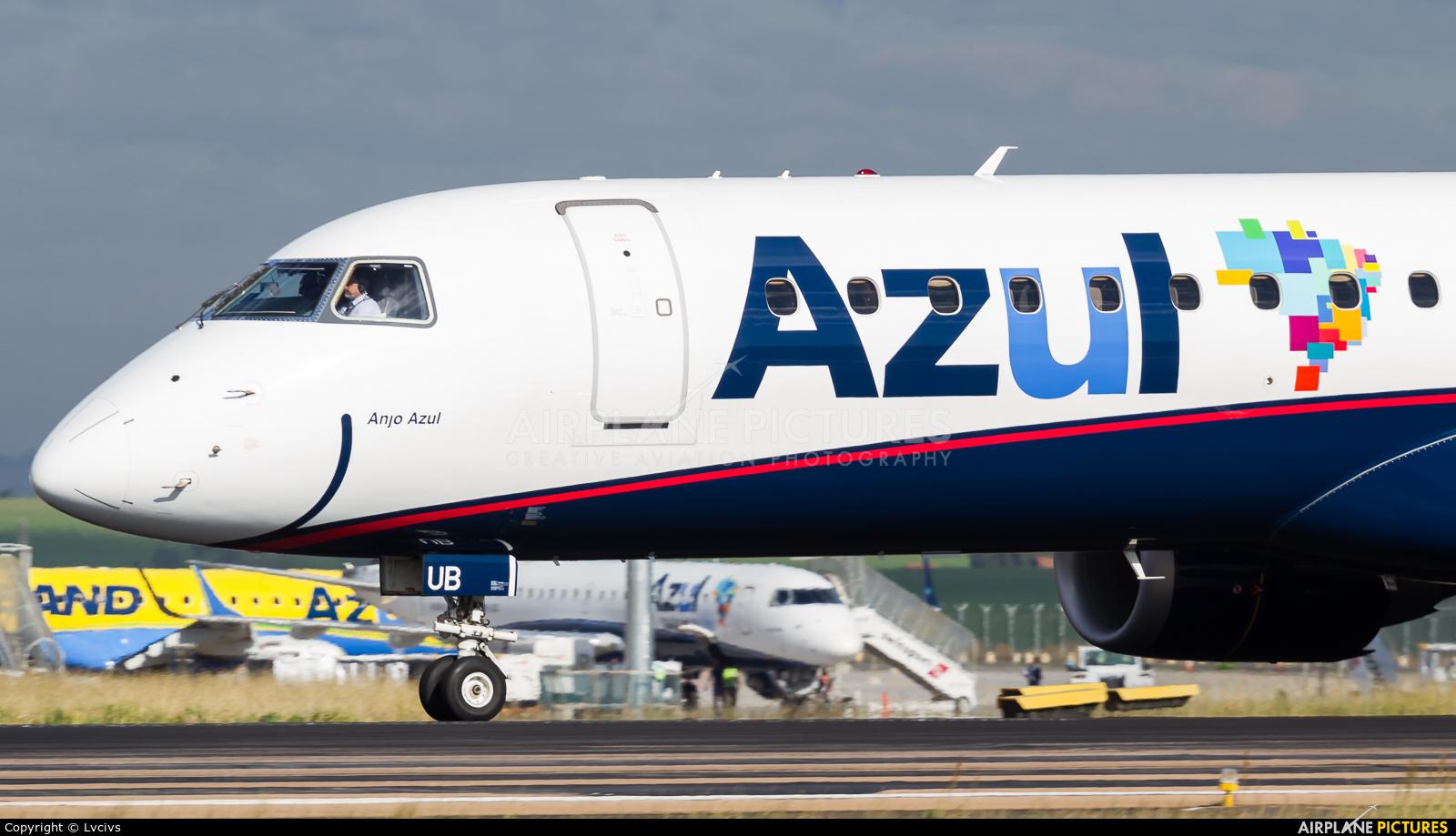 Azul Linhas Aéreas PR-AUB aircraft at Campinas - Viracopos Intl