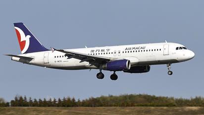 B-MCB - Air Macau Airbus A320