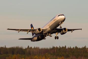 D-AISL - Lufthansa Airbus A321
