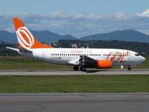 PR-VBQ - GOL Transportes Aéreos  Boeing 737-700