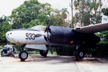 FAR933 - Cuba - Air force Douglas A-26 Invader