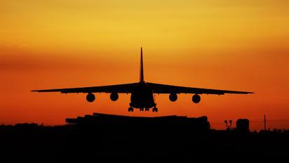 RA-82039 - 224 Flight Unit Antonov An-124