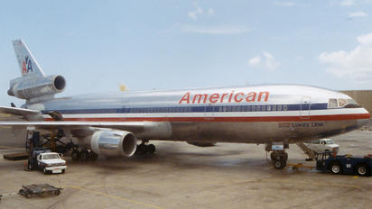 N163AA - American Airlines McDonnell Douglas DC-10-30