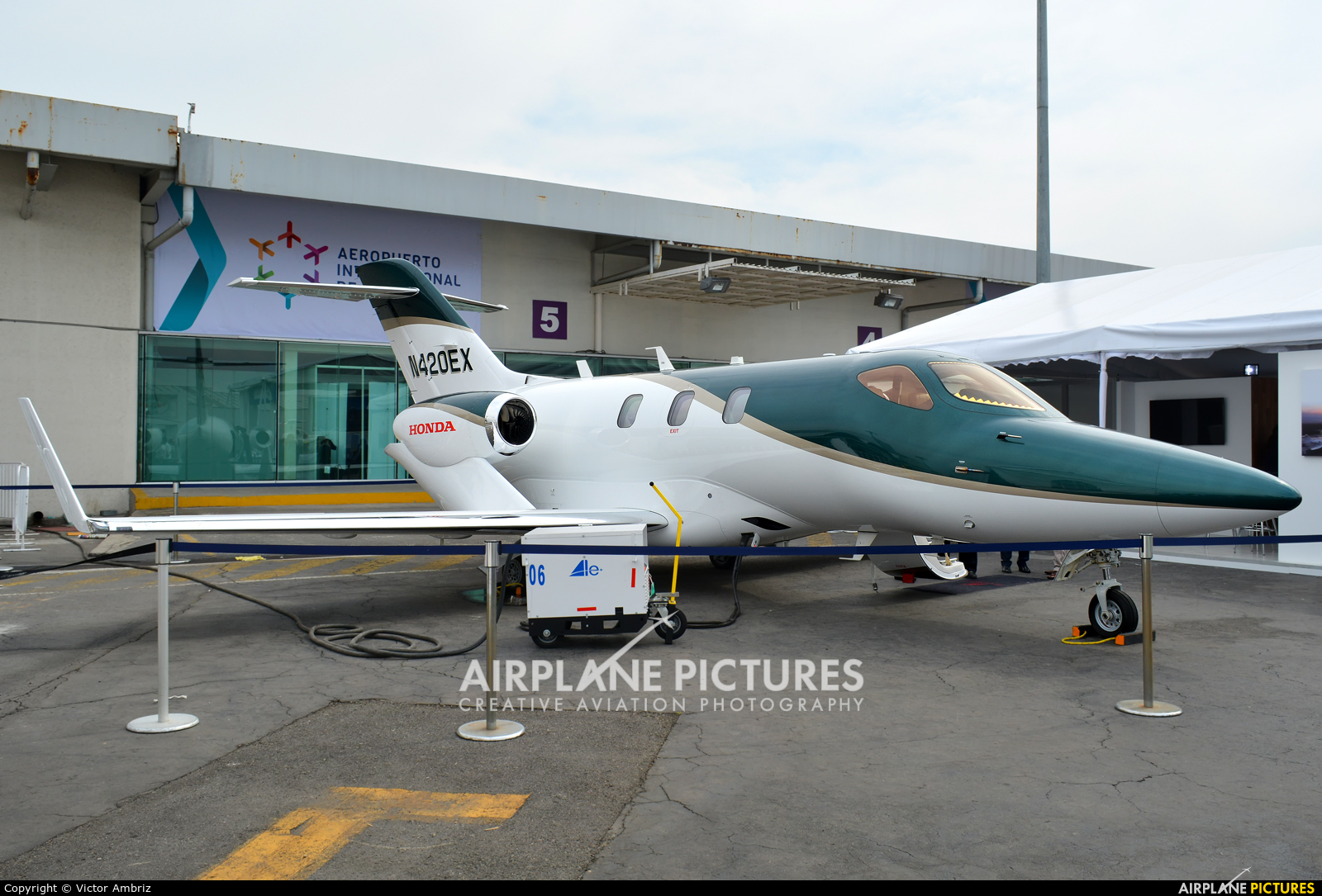 N420EX - Honda Aerospace Honda HA-420 HondaJet at Toluca Intl ...