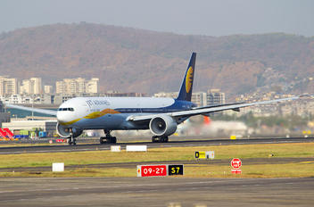 VT-JEQ - Jet Airways Boeing 777-300ER