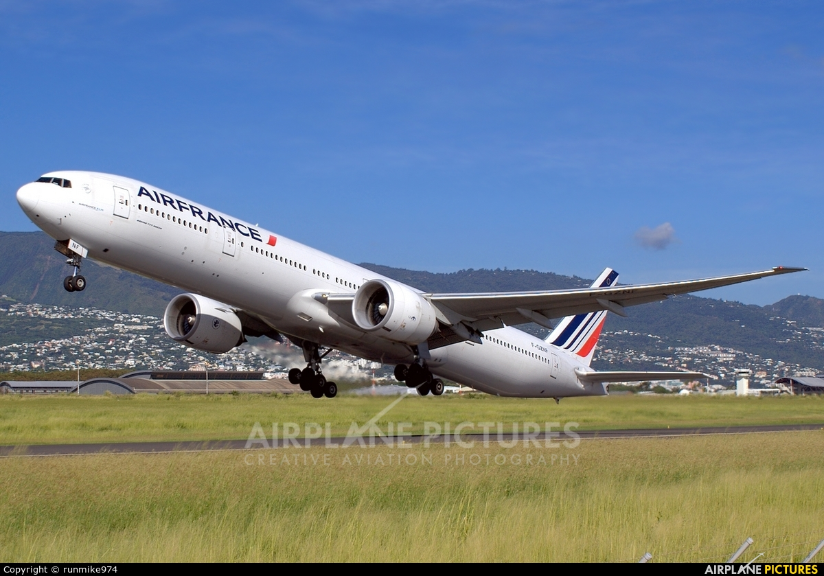 Air France F-GZNF aircraft at Roland Garros - Saint-Denis