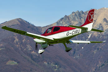 G-CIRU - Private Cirrus SR20