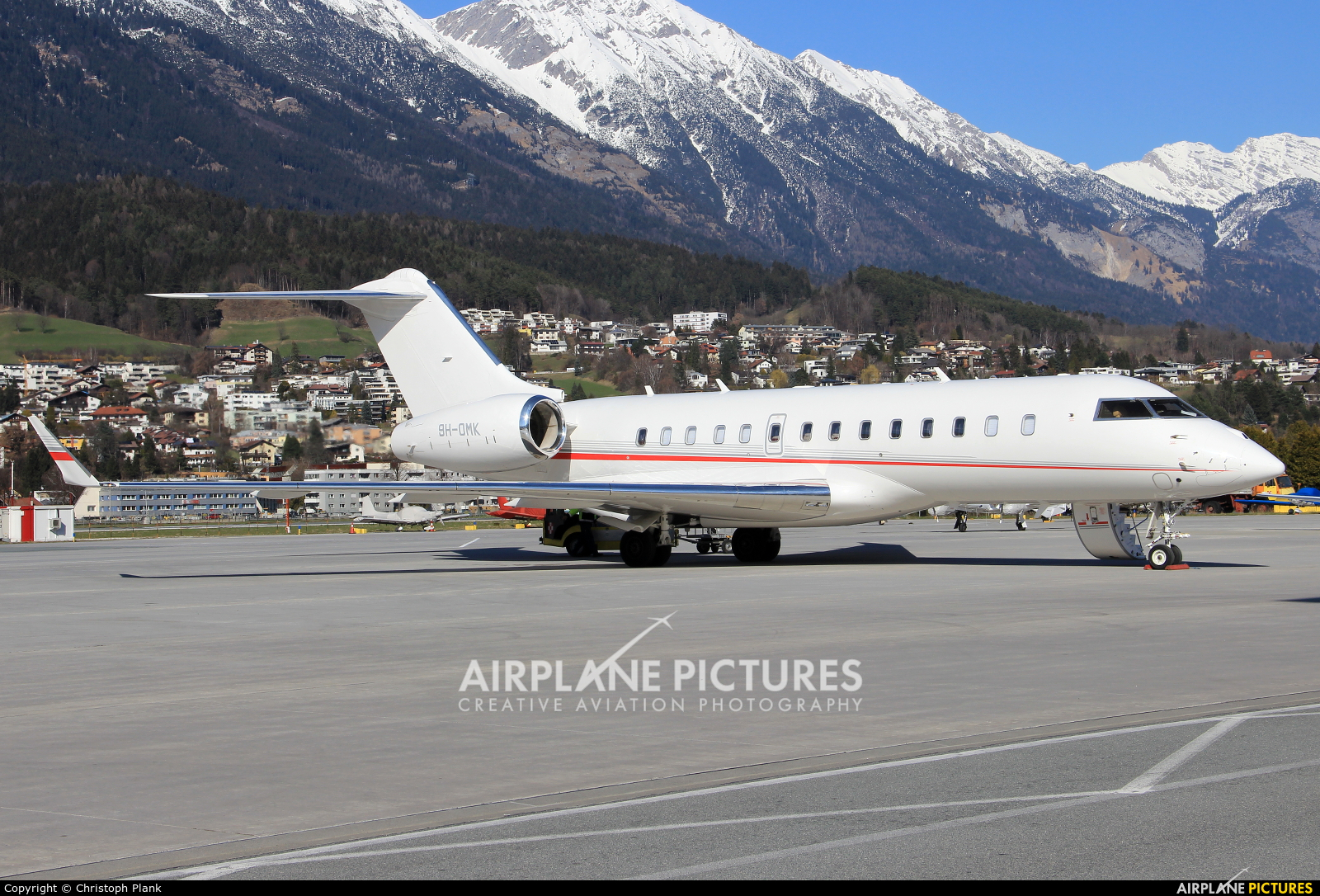 Avcon Jet 9H-OMK aircraft at Innsbruck