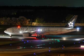 N794UA - United Airlines Boeing 777-200ER