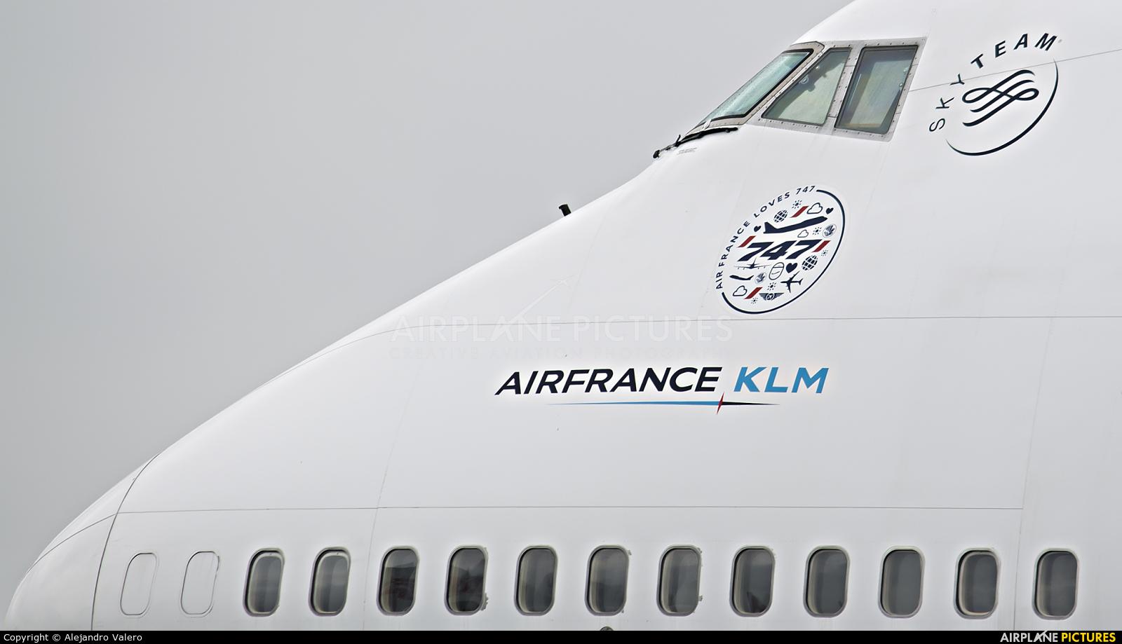 Air France F-GITD aircraft at Tarbes / Lourdes - Ossun