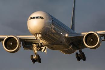 9V-SWU - Singapore Airlines Boeing 777-300ER