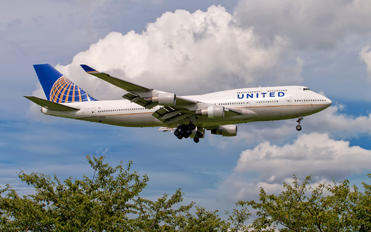 N177UA - United Airlines Boeing 747-400