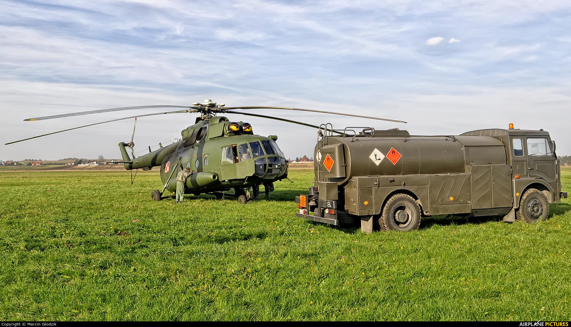 Poland - Army 6101 aircraft at Kraków - Pobiednik Wielki