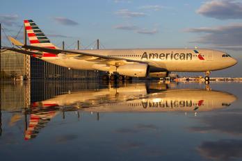 N284AY - American Airlines Airbus A330-200