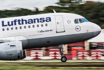 D-AILI - Lufthansa Airbus A319