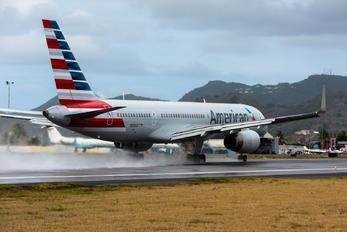 N200UU - American Airlines Boeing 757-200