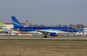 4K-AZ83 - Azerbaijan Airlines Airbus A320