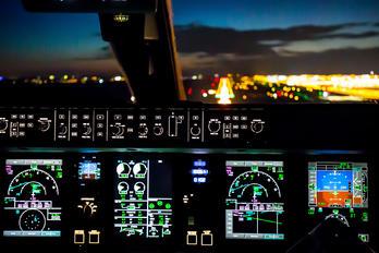 - - Unknown Embraer ERJ-190 (190-100)