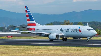 N808NN - American Airlines Boeing 737-800