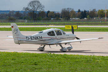 D-ENKH - Private Cirrus SR22