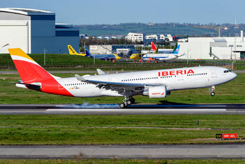 F-WWKO - Iberia Airbus A330-200