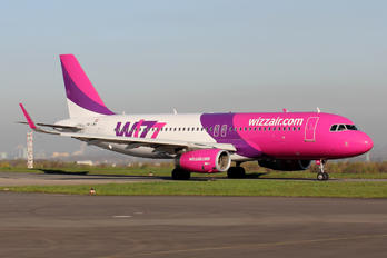 HA-LWV - Wizz Air Airbus A320
