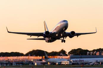 LV-BZO - Aerolineas Argentinas Boeing 737-700
