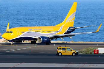 F-GZTD - ASL Airlines Boeing 737-700