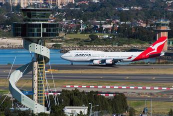 VH-OEE - QANTAS Boeing 747-400ER