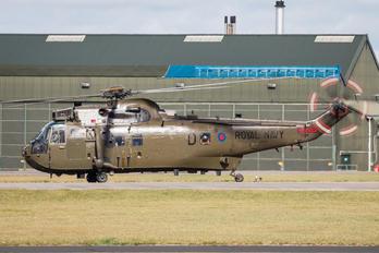 ZA299 - Royal Navy Westland Sea King HC.4
