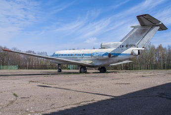 EW-87775 - Aeroflot Yakovlev Yak-40