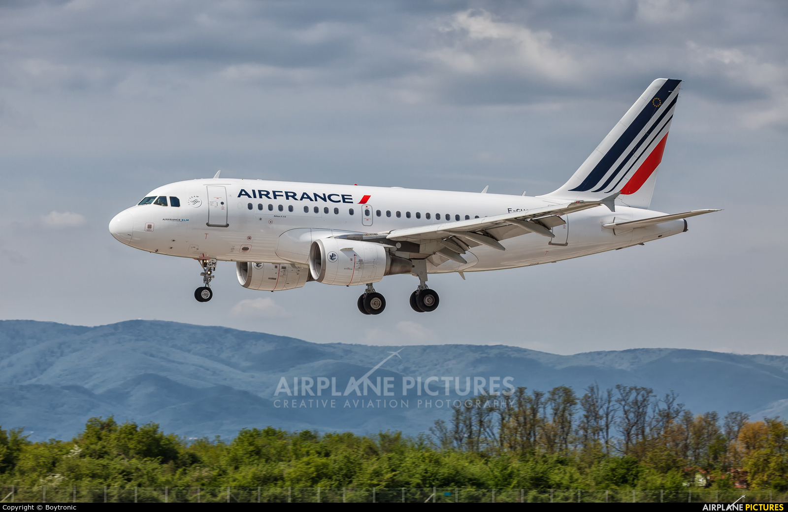 Air France F-GUGM aircraft at Zagreb