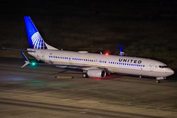 N69847 - United Airlines Boeing 737-900ER