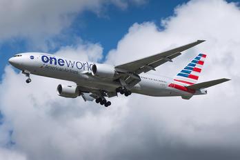 N796AN - American Airlines Boeing 777-200ER