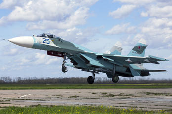 25 - Russia - Air Force Sukhoi Su-27SM