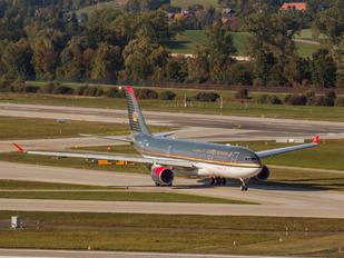 JY-AIG - Royal Jordanian Airbus A330-200