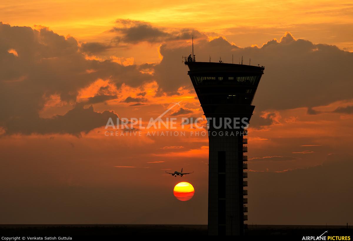 - Airport Overview - aircraft at Hyderabad - Rajiv Gandhi
