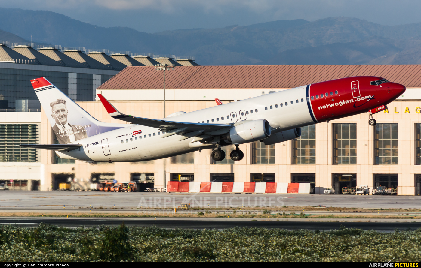 Norwegian Air Shuttle LN-NGU aircraft at Málaga