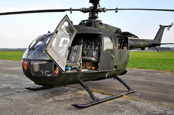 87+76 - Germany - Army MBB Bo-105