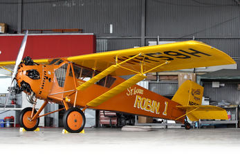 NR59H - Private Curtiss Robin