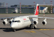 HB-IYT - Swiss British Aerospace BAe 146-300/Avro RJ100 aircraft