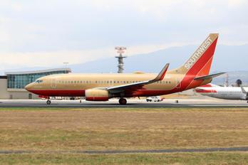 N711HK - Southwest Airlines Boeing 737-700