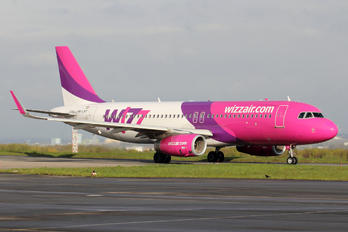 HA-LWY - Wizz Air Airbus A320