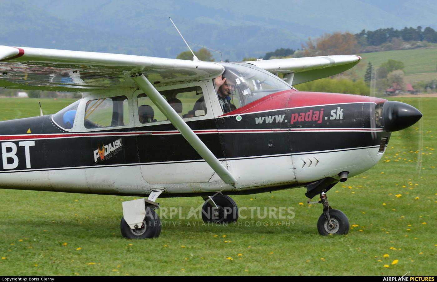 Slovensky Narodny Aeroklub OM-DBT aircraft at Martin-Tomčany