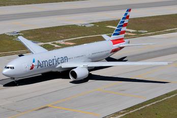 N771AN - American Airlines Boeing 777-200ER