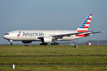 N768AA - American Airlines Boeing 777-200ER