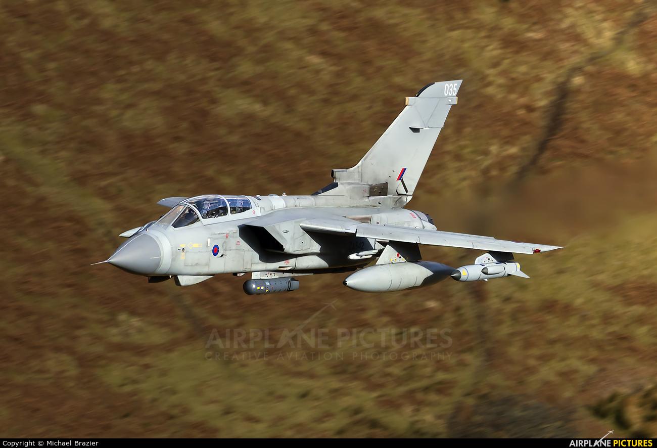 Royal Air Force ZA542 aircraft at Machynlleth Loop - LFA 7