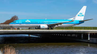 PH-BXE - KLM Boeing 737-800