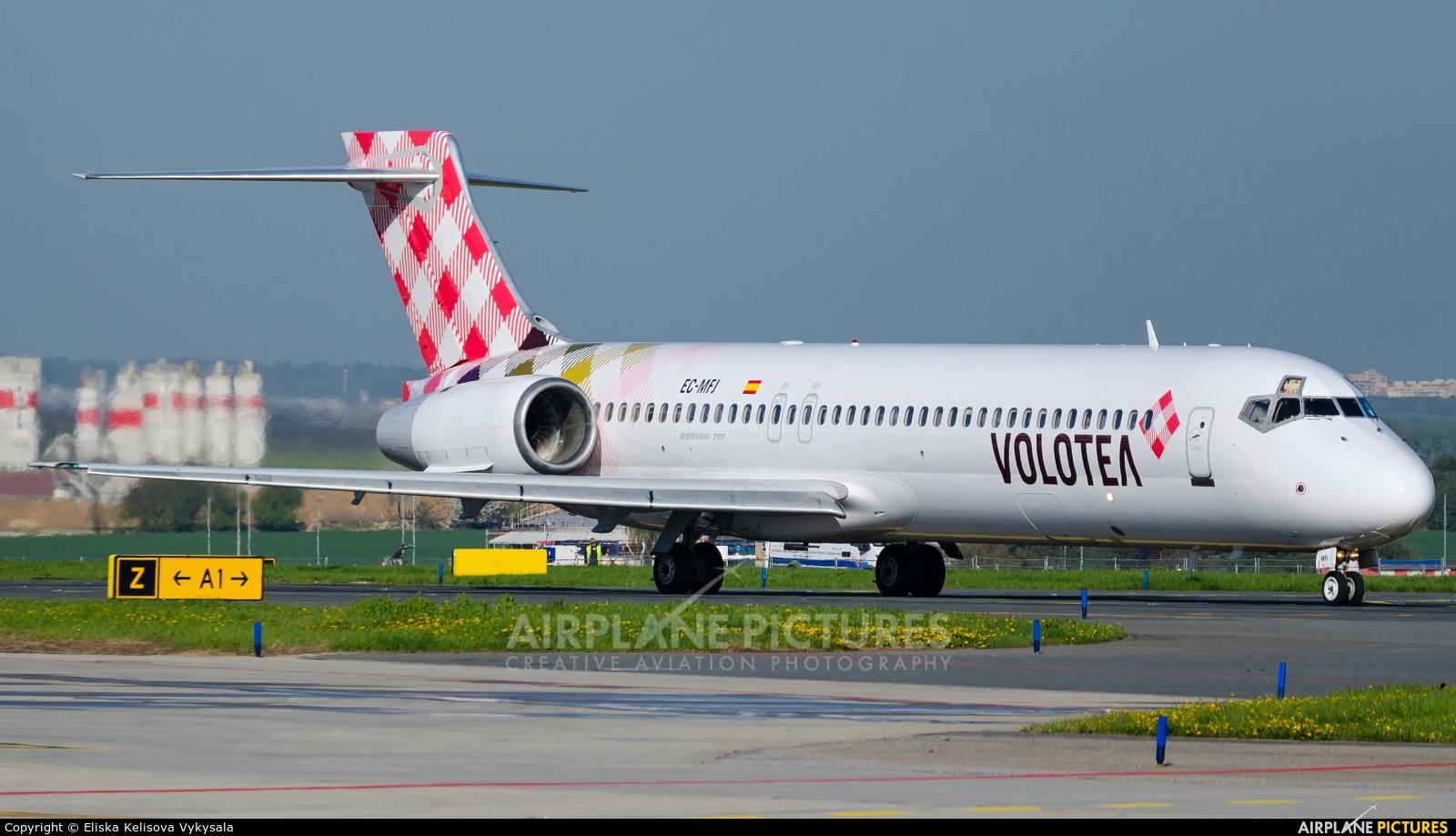 Volotea Airlines EC-MFJ aircraft at Prague - Václav Havel