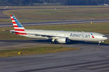 N724AN - American Airlines Boeing 777-300ER